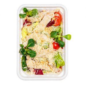 Зеленый салат с филе индейки